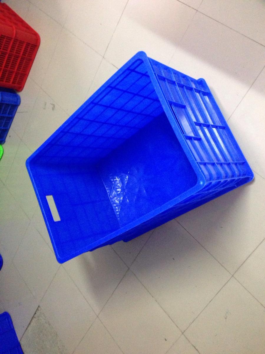 Thùng nhựa đặc 5 bánh xe