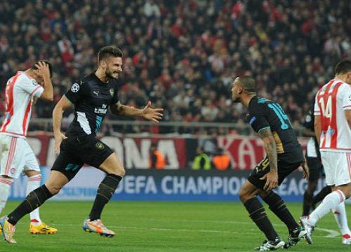 Olympiakos - Arsenal(lượt cuối bảng F Champions League): Cán bộ công nhân viên nhà máy nhựa Thuận Thành thức đêm cổ vũ Arsenal
